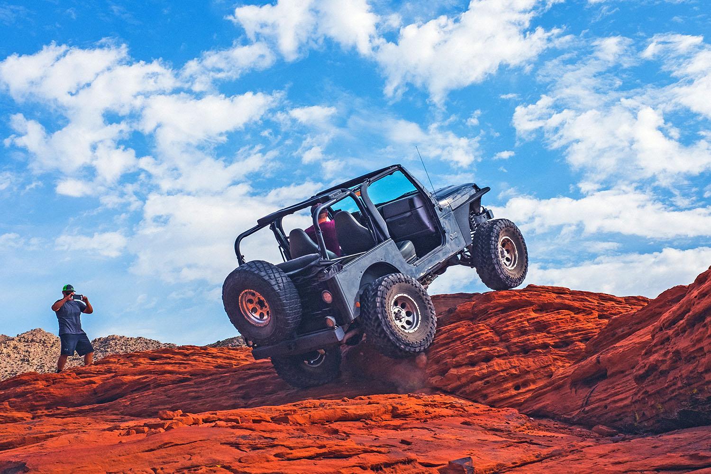 schareinprojekt-incentive-team-teamwork-sport-spass-teambuilding-zusammenhalt-reise-safari-jeep-offroad