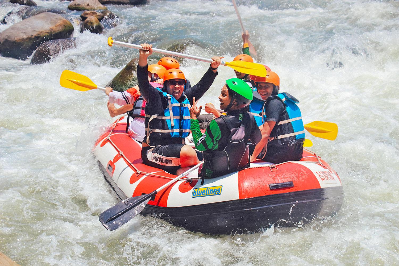 schareinprojekt-incentive-team-teamwork-sport-spass-wildwasser-rafting-reise