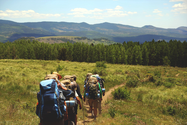 schareinprojekt-incentive-team-teamwork-sport-spass-teambuilding-zusammenhalt-reise-wanderung-ausflug
