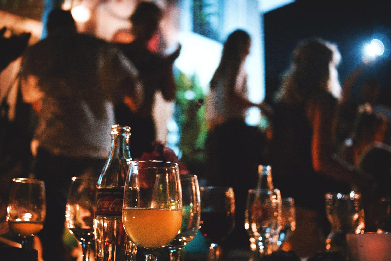schareinprojekt-event-lifestyle-feier-party-people-sommerfest-dj-stimmung-musik-abend