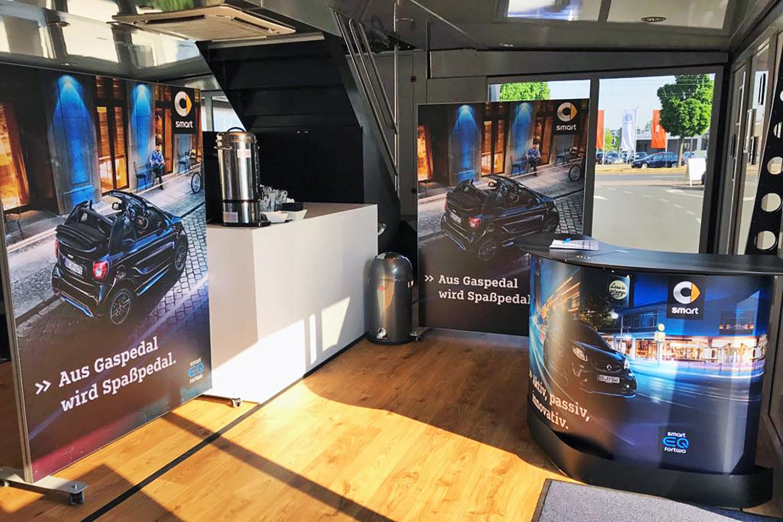schareinprojekt-event-training-smart-trucktour-trainingstruck-truck-auto-brandings